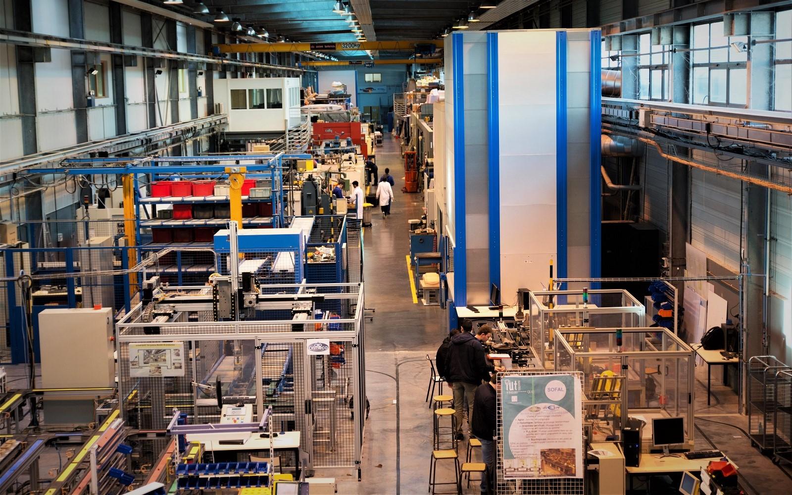 Halle-essai-IUT-robotique-industrielle