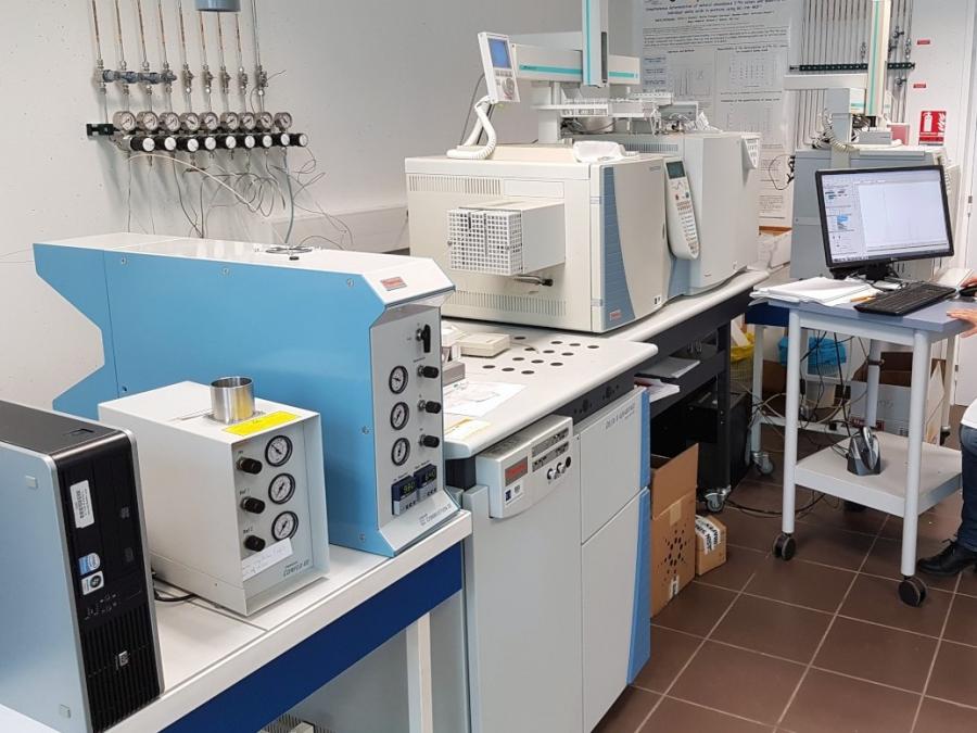 Analyses spectroscopiques et spectrométriques_essais pour les bioprocedes_CAPACITES