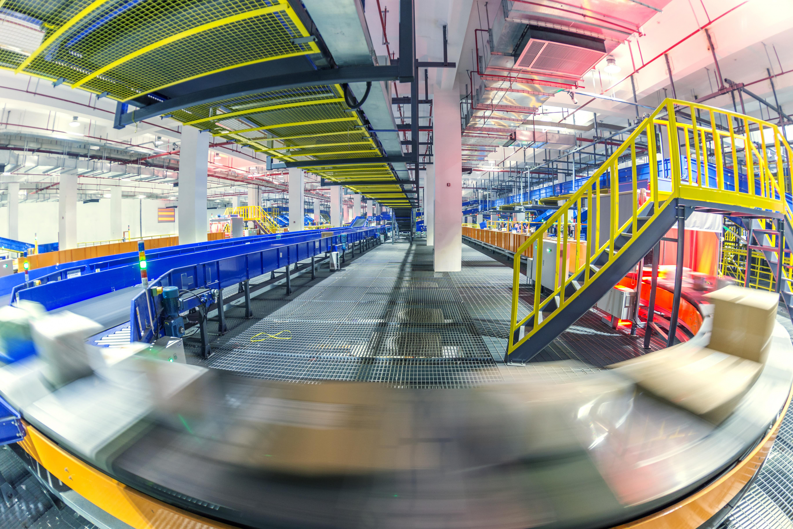Le groupe La Poste automatise ses opérations logistiques avec CAPACITÉS